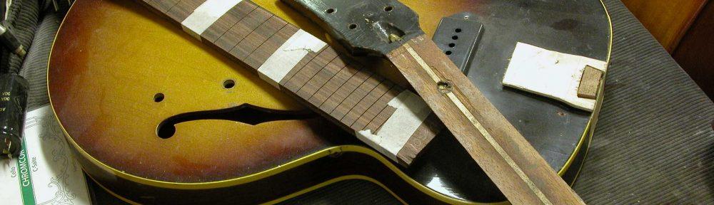 Guitare Gibson ES125 de 1957 en cours de restauration